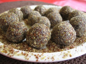 carob_and_date_truffles_copy