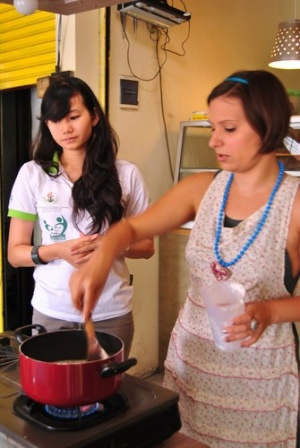 Santhi_and_LC_cooking_demo_LH_2