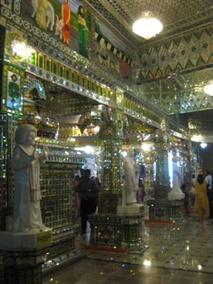 inside_Glass_Temple_2