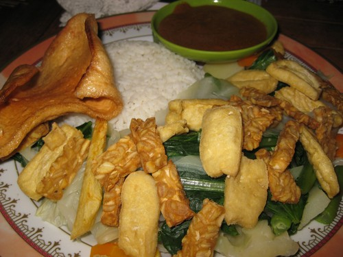 Gado_Gado_at_Beten_Waru