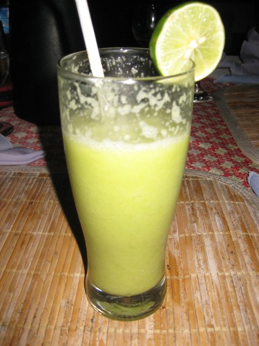 avocado_lemon_juice_at_amed_cafe