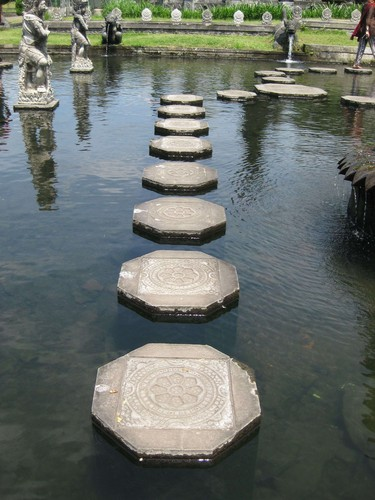 stepping_stones_at_water_palace