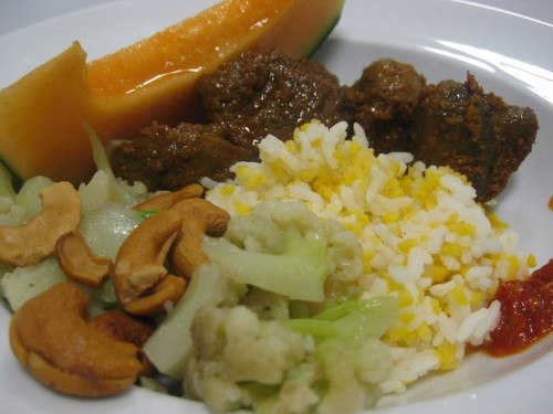 rendang_mushroom_and_veg_for_lunch_at_Campina_canteen