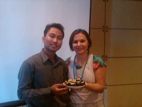 with_quinoa_nori_rolls_at_DNatural_demo