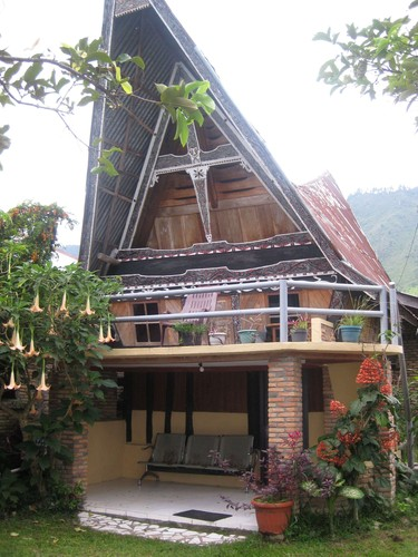 Batak_house_at_Ambarita
