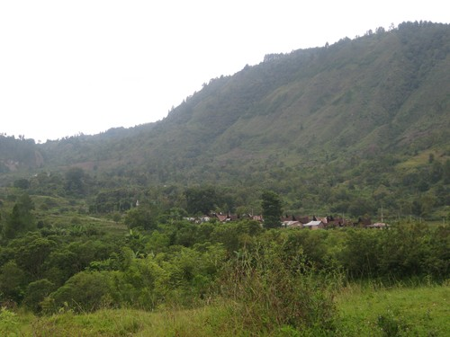 village_on_Samosir_island