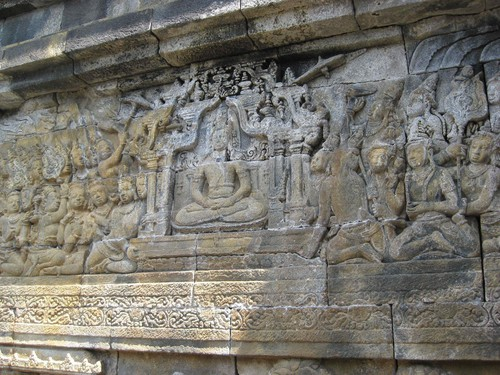 stone_art_at_Borobudur