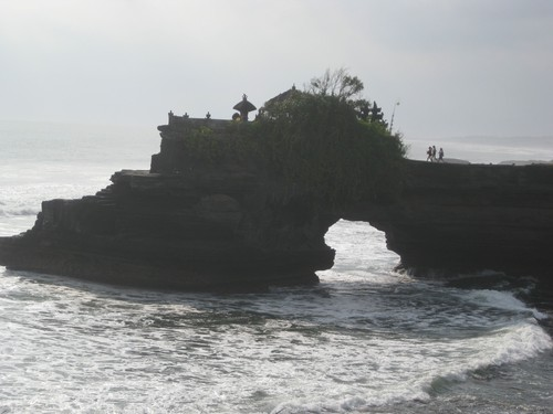 Batu_Bolong_Temple_2