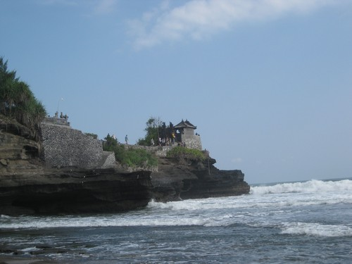 view_of_Batu_Bolong_Temple