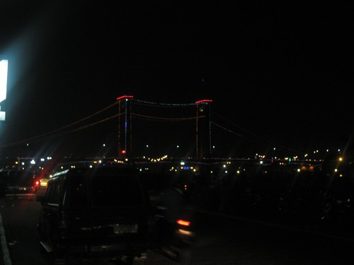 Ampra_Bridge_in_Palembang