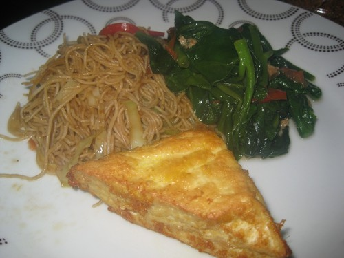 Bihun_noodles_gailan_and_tofu