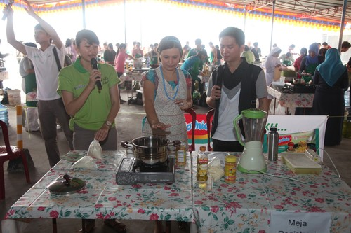 food_demo_at_Vegan_Cup