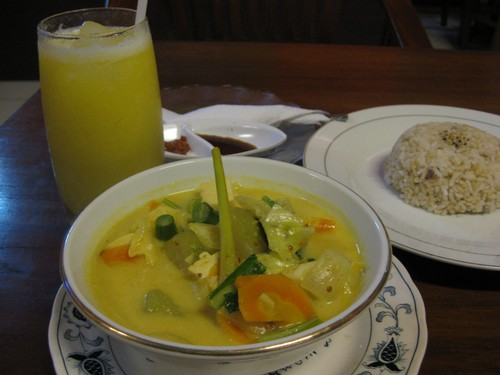 curry_at_vegan_warung