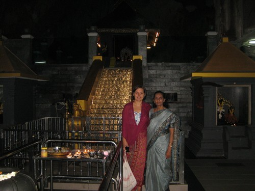 LC_and_Banu_at_Swami_Aippah_golden_stairs