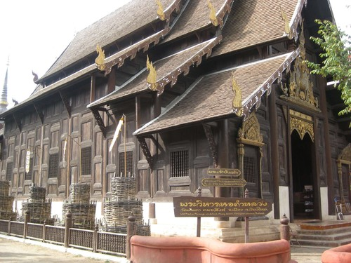 another_temple_in_Chiang_Mai