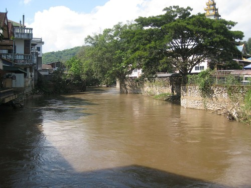 river_near_Myanmar_cross_point