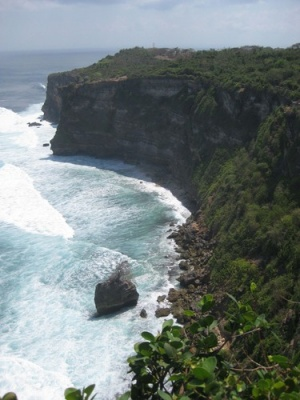 Uluwatu_Temple_view