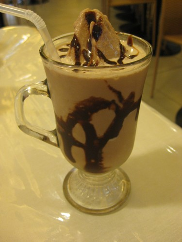 Chocolate_milkshake_LH