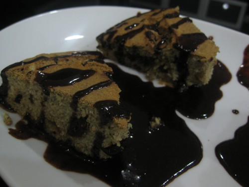 bread_with_chocolate_sauce