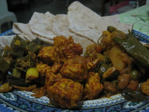 curries_and_chipattis_by_Gnanma