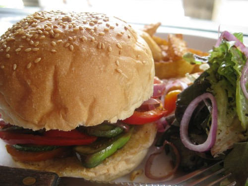 Vegetable_Burger_at_New_Heaven_Cafe_