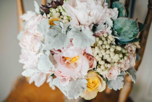 Bridal_Bouquet_-_Succulents_and_Roses