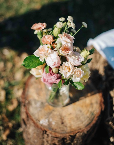Decorative_bouquet_at_the_wedding_site